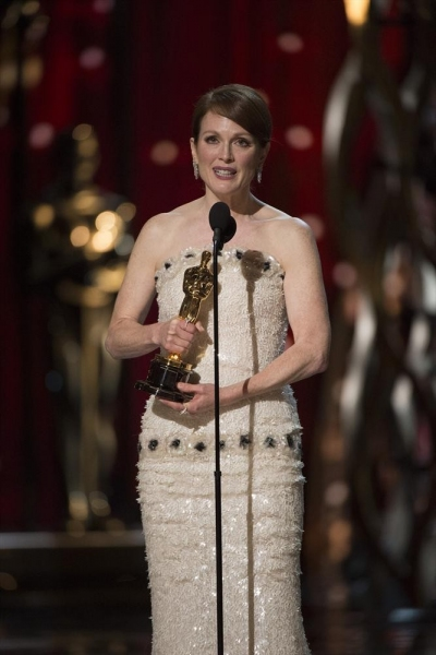 THE OSCARS(r) - THEATRE - The 87th Oscars, held on Sunday, February 22, 2015, at the Dolby Theatre(r) at Hollywood & Highland Center(r), are televised live on the ABC Television Network at 7 p.m., ET/4 p.m., PT. (A.M.P.A.S.(r)/Michael Yada)JULIANNE MOORE