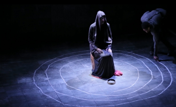Photo Flash: First Look at The Acting Company & Guthrie's MACBETH and A CONNECTICUT YANKEE IN KING ARTHUR'S COURT Tour