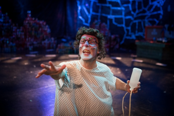 Photos: First Look at THE WALK ACROSS AMERICA FOR MOTHER EARTH, Part of Steppenwolf's GARAGE REP 2015