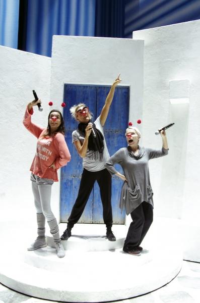 Photo Flash: MAMMA MIA! International Touring Cast Supports Red Nose Day Danceathon