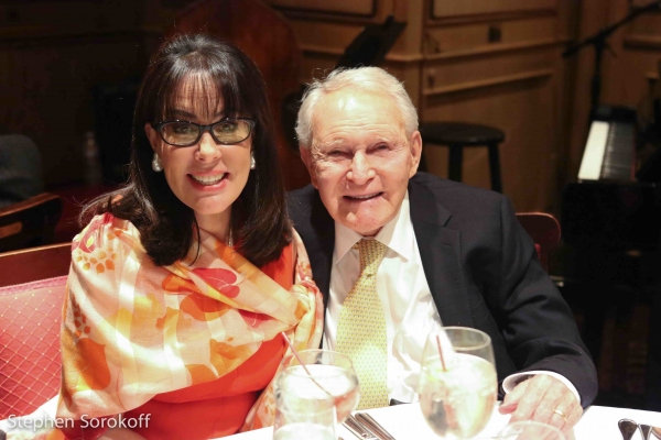 Photo Coverage Jamie Deroy Amp Friends Brings Family Ties To The Friars Club