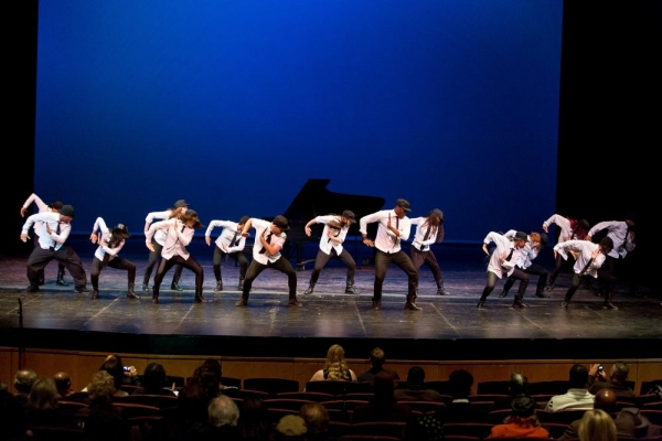 Sho-Off Dance Company Performs