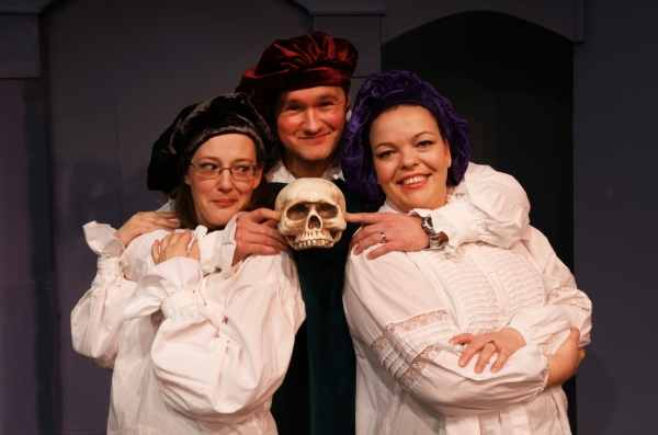 The cast of THE COMPLETE WORKS OF WILLIAM SHAKESPEARE (ABRIDGED!)