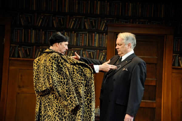 Timothy Crowe as Carlos Homenides de Histangua and Fred Sullivan, Jr. as Victor-Emmanuel Chandebise