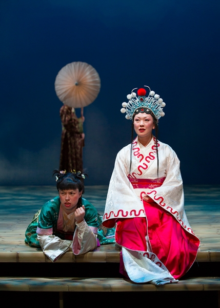 Photo flash mary zimmerman 39 s the white snake comes to the - Tanya zimmerman ...