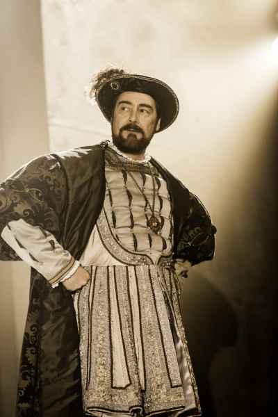 Photo Flash: Welcome to Court- First Look at WOLF HALL: PARTS 1 & 2 on Broadway!