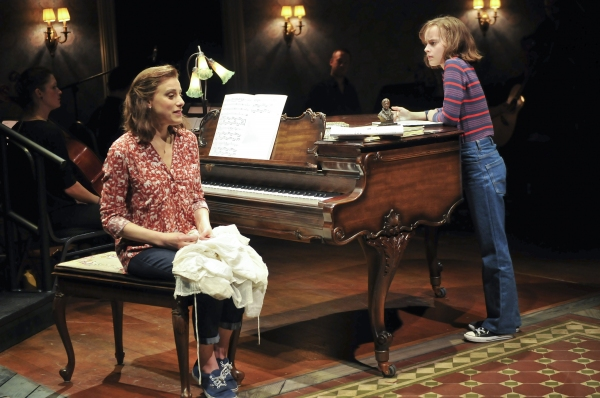Photo Flash: Meet the Family- First Look at FUN HOME on Broadway!