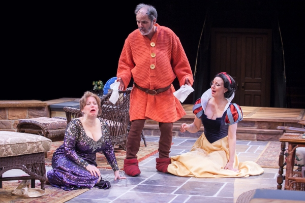 Sherri L. Edelen as Sonia, Eric Hissom as Vanya and Grace Gonglewski as Masha