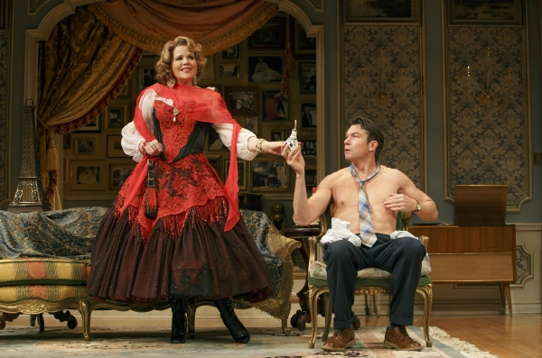 Renee Fleming as Raquel De Angelis and Jerry O''Connell as Robert Samson