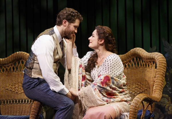 Matthew Morrison and Laura Michelle Kelly