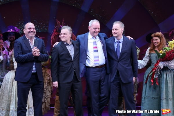Casey Nicholaw, John O''Farrell, Karey Kirkpatrick, Wayne Kirkpatrick with the cast  Photo