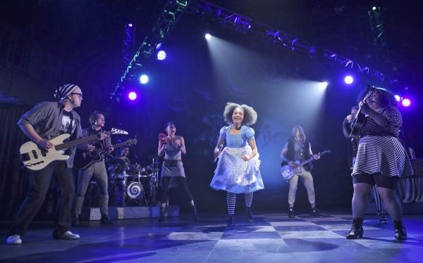 Photos: First Look at 'WONDERLAND' at Chicago Children's Theatre