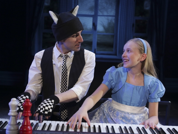 Andrew Mueller plays a housecat named Dinah and Isabelle Roberts stars as Alice
