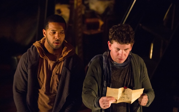 Photo Flash: First Look at Folger Theatre's ROSENCRANTZ AND GUILDENSTERN ARE DEAD