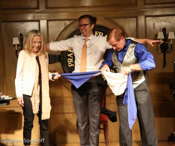 Photo Coverage: Magic & Comedy Night at Friars Club