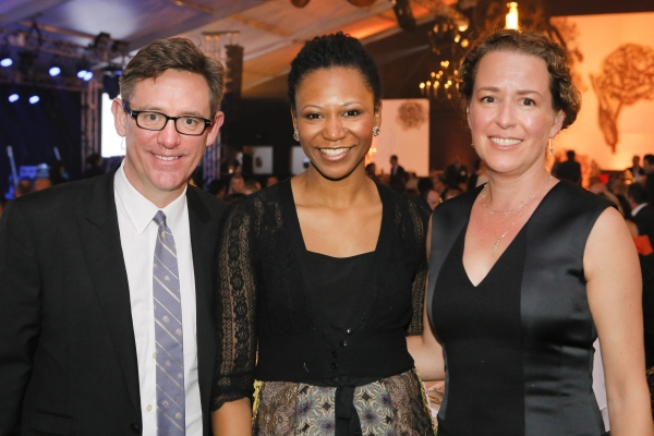 Steppenwolf trustee Michael Bender and Sheridan Prior with Steppenwolf ensemble member Alana Arenas (center)