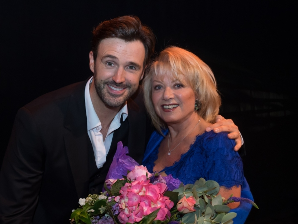 Michael Xavier and Elaine Paige