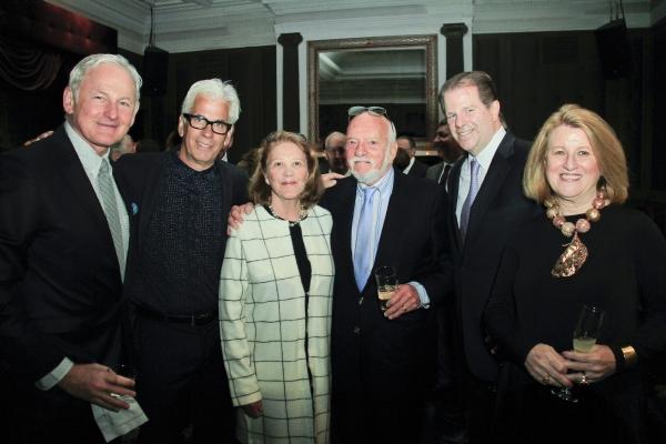 Victor Garber, Scott Bakunas, Linda Lavin, Jeremy Smith, Cynthia Elliott