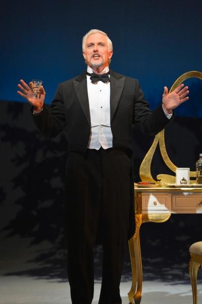 Fredrik Egerman (Patrick Cassidy)