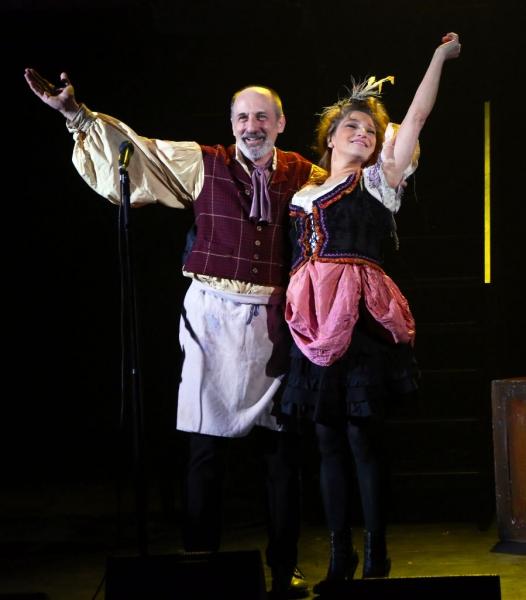 Philip Hoffman and Liz Larsen Photo