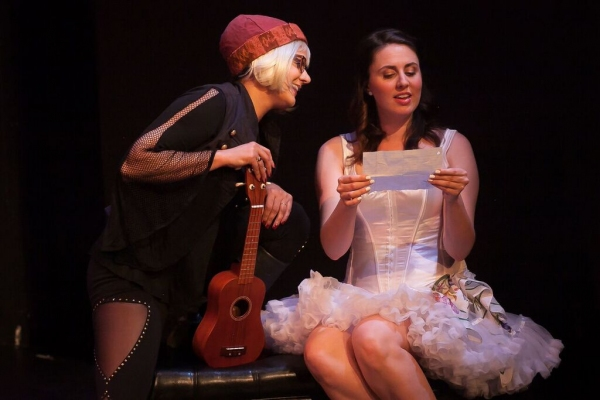 BWW Review: FIFTY SHADES OF SHREW Offers an Entertaining Combination of 'Taming of the Shrew' and 'Fifty Shades of Grey'