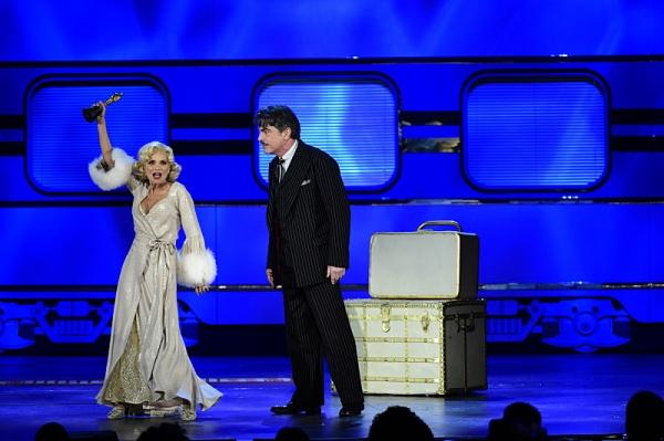 Kristin Chenoweth & Peter Gallagher