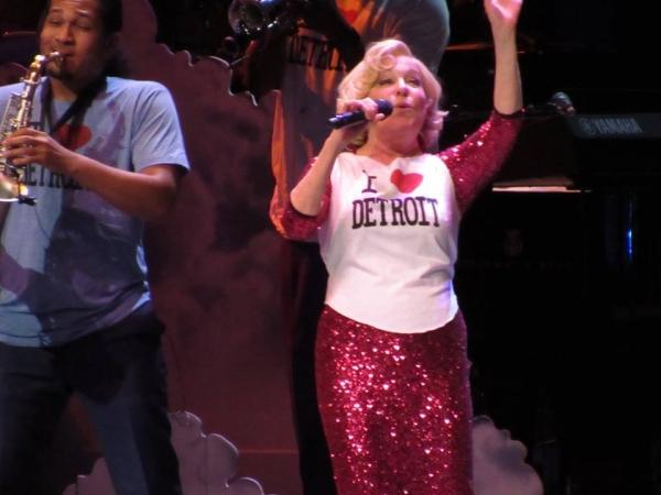 BWW Reviews: Bette Midler Grants Divine Intervention to Detroit