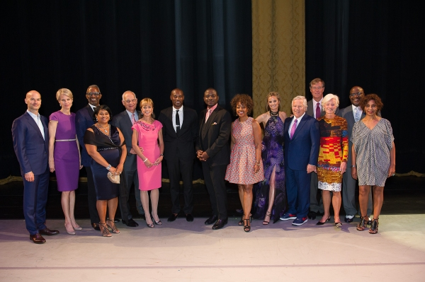 Honorary Chair Tyson Beckford and AAADT Artistic Director Robert Battle with Ailey Spirit Gala Co-Chairs and Vice-Chairs.