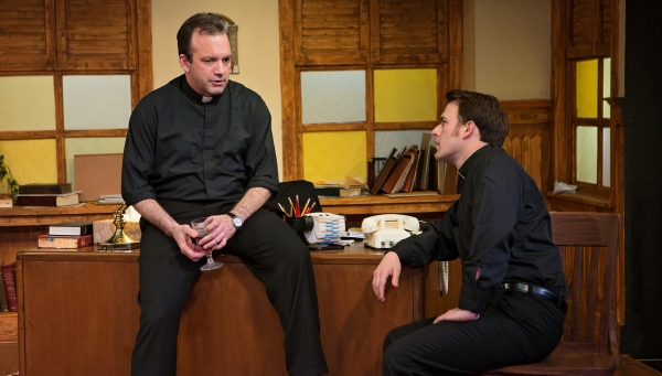Photo Flash: Sneak Peek at Circle Theatre's MASS APPEAL, Opening This Weekend