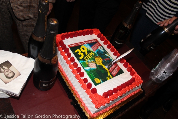 Photos: 39 STEPS Celebrates 100th Show at the Union Square Theatre