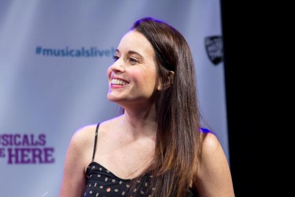 Jenna Leigh Green Photo