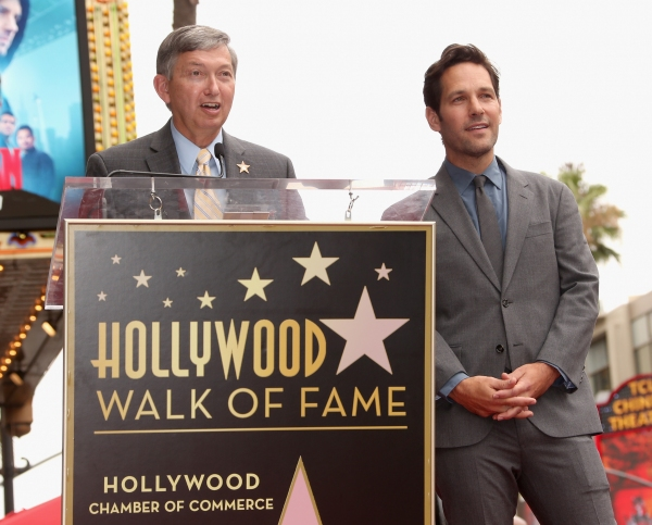 President and CEO of Hollywood Chamber of Commerce, Leron Gubler, honors actor Paul Rudd