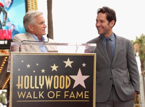 Michael Douglas honors actor Paul Rudd