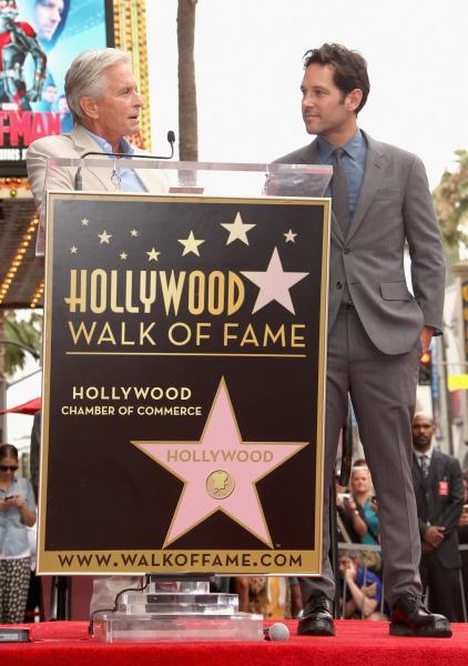 'Michael Douglas honors actor Paul Rudd