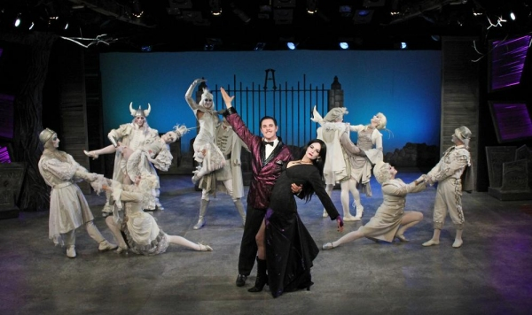 Jimmy Johansmeyer as Gomez and Caitlin Diana Doyle as Morticia