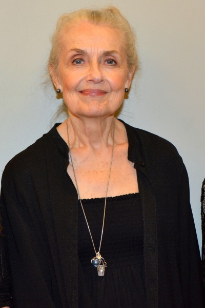 Mary Beth Peil