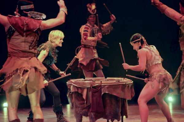 Photo Flash: First Look at Jenn Colella, Jennifer Hope Wills, Paul Schoeffler and More in PETER PAN at Music Circus