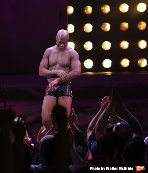 Taye Diggs is a drag in 'Hedwig & the Angry Inch' — and ...