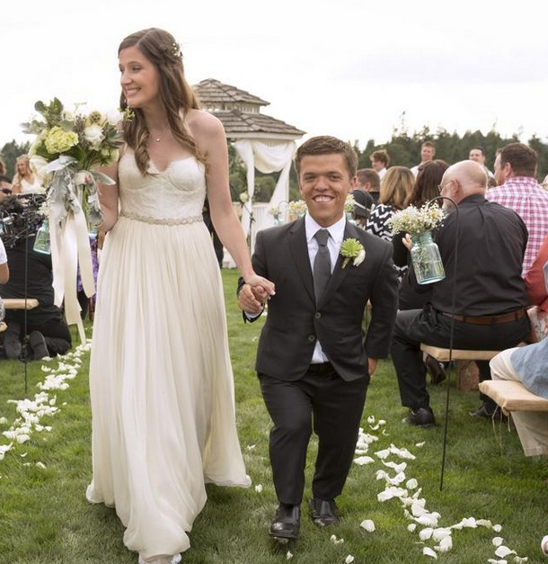 TLC Airs Wedding Of Stars Of LITTLE PEOPLE BIG WORLD Tonight