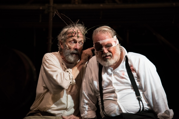 King Lear (Will Lyman) and Earl of Gloucester (FrEd Sullivan, Jr.)