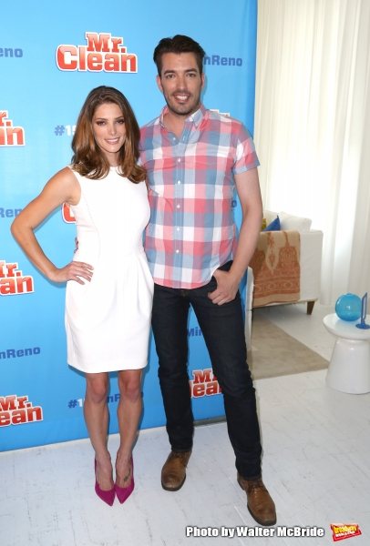 Ashley Greene and Jonathan Scott