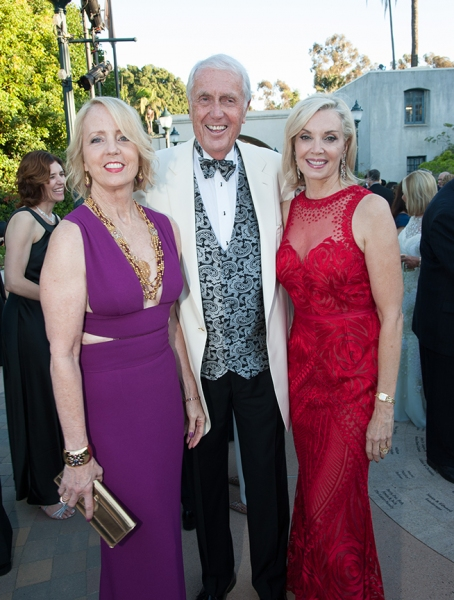 Sheryl and Harvey White and Karen Cohn