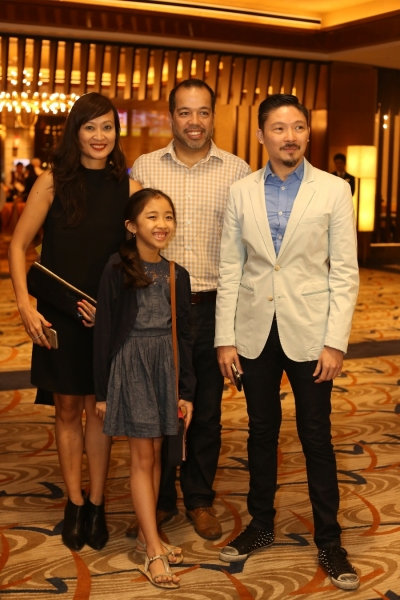 Photo Coverage: Opening Night Red Carpet of SINGIN' IN THE RAIN