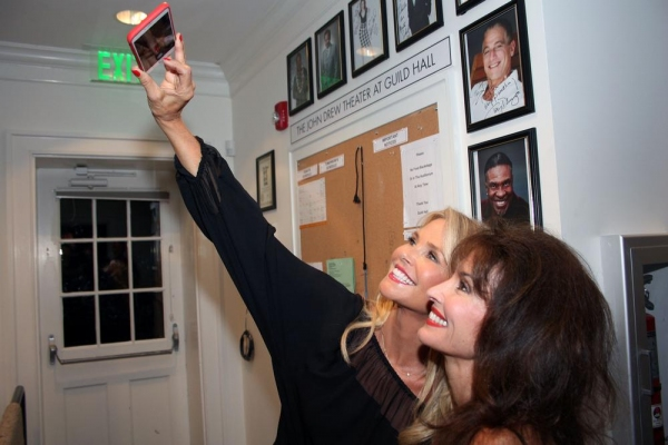 Photo Flash: Brooke Shields, Christie Brinkley, Susan Lucci and More in CELEBRITY AUTOBIOGRAPHY at Guild Hall