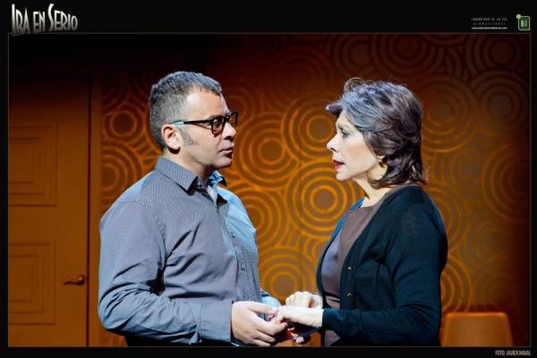 Jorge Javier Vázquez y Kiti Mánver Photo