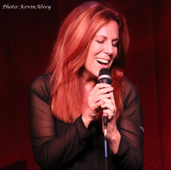 Photos: Victoria Shaw Goes UNDER THE COVERS at Birdland