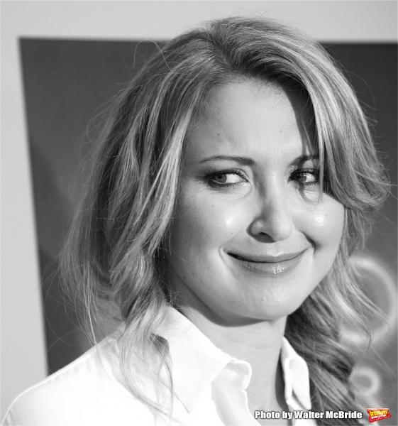 Nina Arianda
