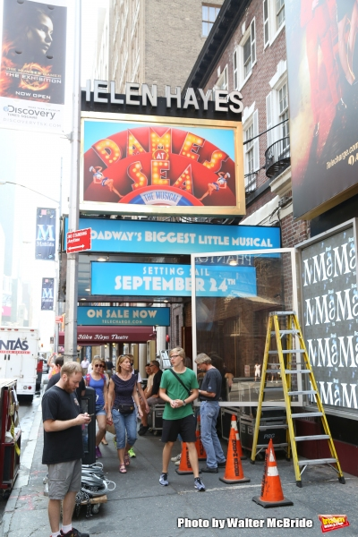 'Dames at Sea' The Musical loads into the Helen Hayes Theatre