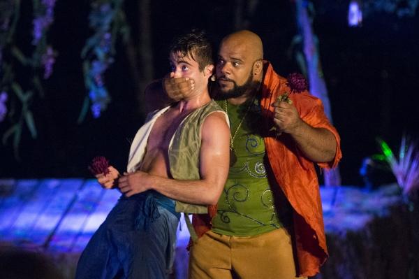Tom McVey as Puck, Korie Lee Blossey as Oberon