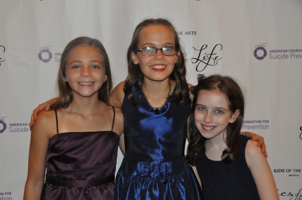 Paige Brady, Oona Laurence and Tori Feinstein